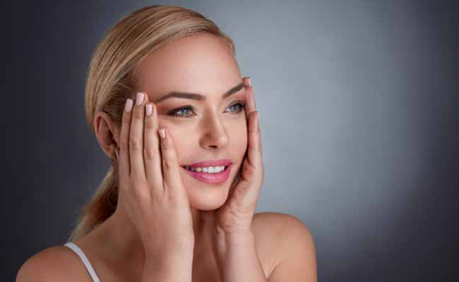 Dr. Melanie Erb provides a variety of surgical enhancements and nonsurgical cosmetic procedures including facial fillers treatment.